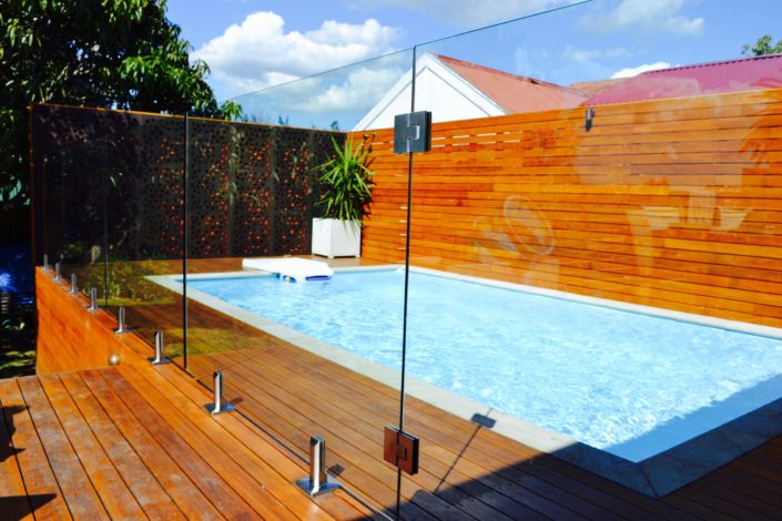 frameless glass wall fence with wooden deck ideas modern backyard fence and deck pool fence